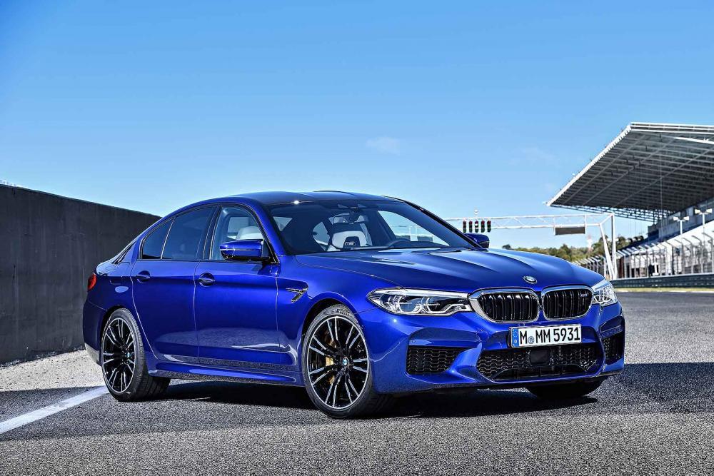 2018_BMW_M5_G30_02.jpg